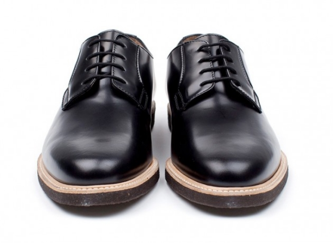 common-projects-derby-shoes-03-630x460.jpg