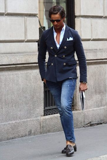 double-breasted-blazer-long-sleeve-shirt-jeans-tassel-loafers-pocket-square-original-3847.jpg
