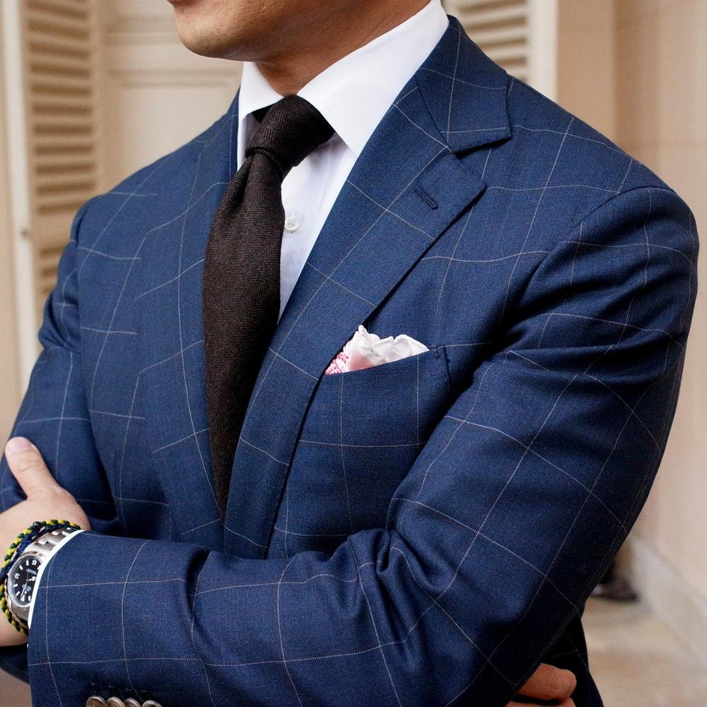 navy-blue-suit-dark-brown-tie-fashion-men.jpg