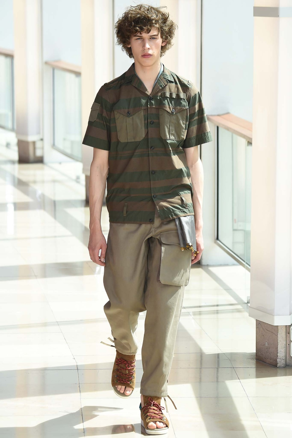 Kolor-Spring-Summer-2016-Menswear-Collection-Paris-Fashion-Week-002.jpg
