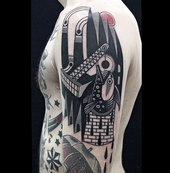 Luca-Font-Tattoo-Ink-InkObserver-Neotraditional-Surrealism-Geometric-Milan-Italy-Oink-Farm-7.png