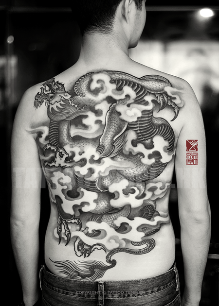 A-Changing-Of-Perspectives---Full-Back-Black-And-Gray-Asian-Dragon-Tattoo-Art---Joey-Pang---Tattoo-Temple-Hong-Kong.png