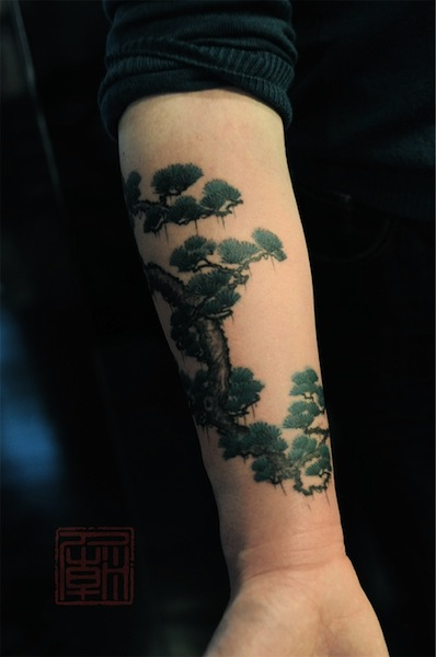 bonsai-tree-by-Joey-Pang-tattoo-artist-Hong-Kong-China.jpg