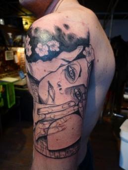 51f3c00a9e374lea_nahon-150613-sqm-tattoo-026_thumb.jpg