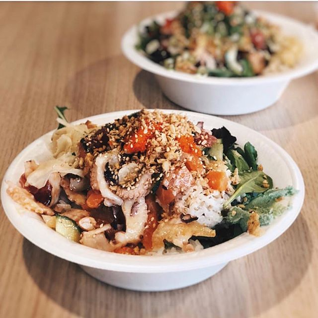 @hypefoodbae has Octopus, Salmon, and Tuna in her bowl... What nemo is in yours? 😱🤤 📷: @hypefoodbae 🐟 #salmonsaturday #poki #pokinometry #sushi #orangecounty #oceats #laeats #losangeles #anahiem #hollywood #rowlandheights #postmates #delivery #fishlovers #foodofinstagram #instafood #foodie #tastethisnext #salmon #poke