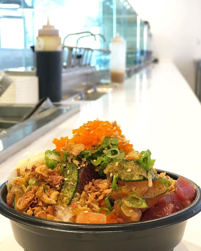 Create your own poke bowl today!!!🥙🥢🐟🦐 • • • • 🐟 #salmonsaturday #poki #pokinometry #sushi #orangecounty #oceats #laeats #losangeles #anahiem #hollywood #rowlandheights #postmates #delivery #fishlovers #foodofinstagram #instafood #foodie #tastethisnext #salmon #poke
