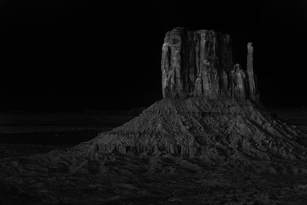 Monument Valley, AZ 2015  ISO 100, f/8, 30 sec