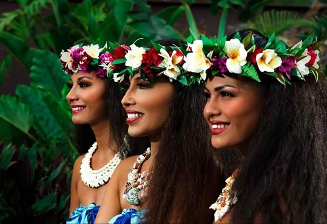 Wāhine Wednesday 🌺 Just want to shout out these beautiful women who have worked so hard over all these years, contributing to the success of Malu Productions, Inc. Their hard work and dedication to see this company grow and flourish is truly truly appreciated. Mahalo nui💚  #wahine #MaluBeauties #nani #HauoliHakus #maluproductions #luau #hawaiinei #hawaiian #apprciationpost #mahalonui