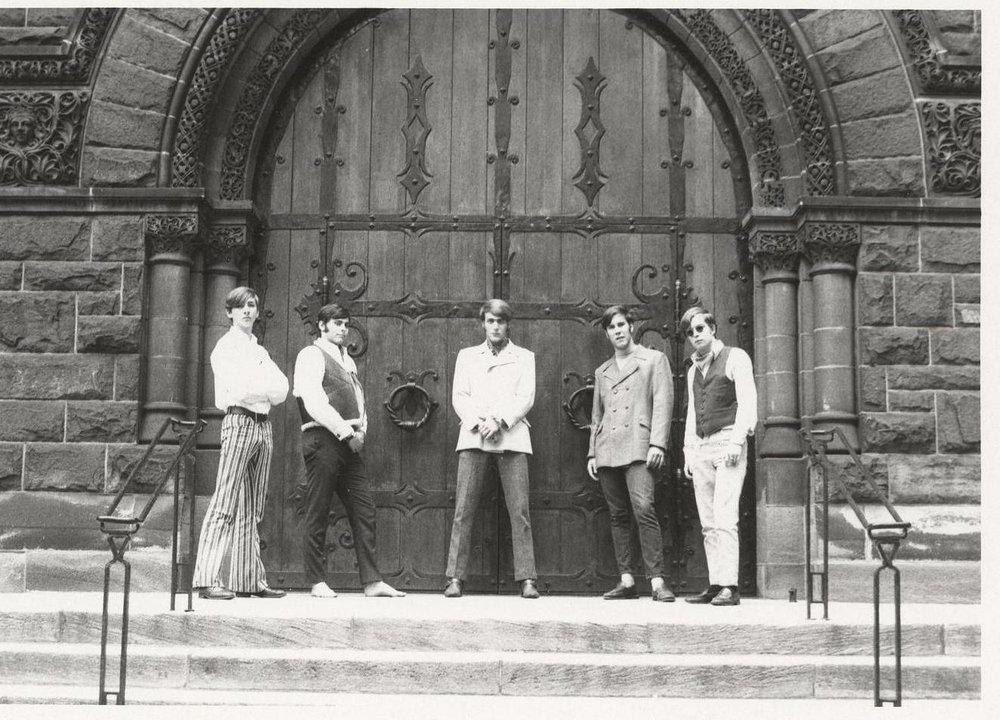 05 - Nobody's Children - Mike, Randy, Lloyd, Fritz & Tom - Standing at the Gates of Rock .jpg