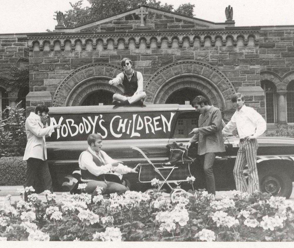06 - Nobody's Children with Somebody's Child - Randy, Lloyd, Tom, Fritz & Mike .jpg