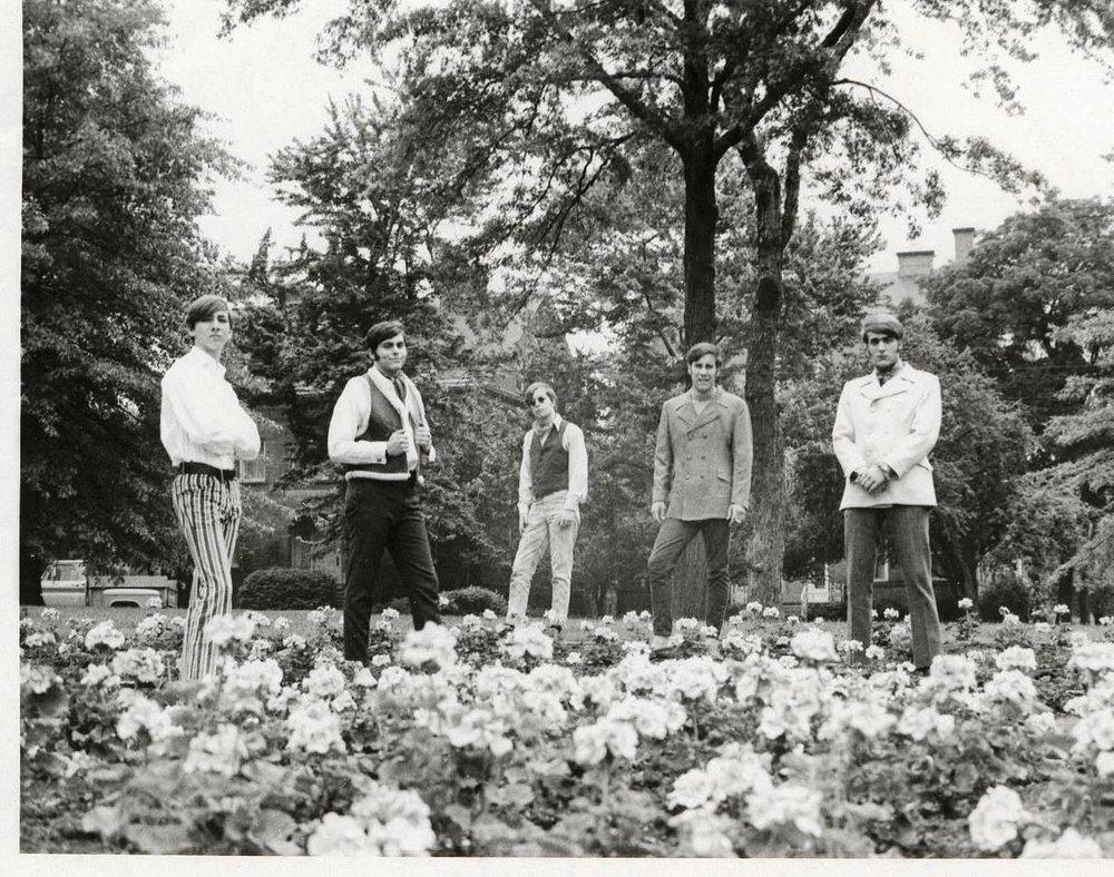 07 - Nobody's Children - In Bloom - Mike, Randy, Tom, Fritz & Lloyd .jpg
