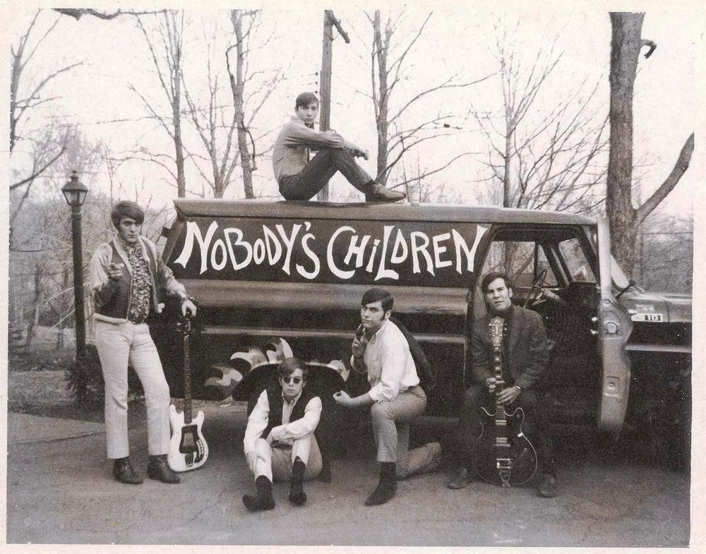 09 - Nobody's Children - On The Road - Lloyd, Tom, Mike, Randy & Fritz .jpg