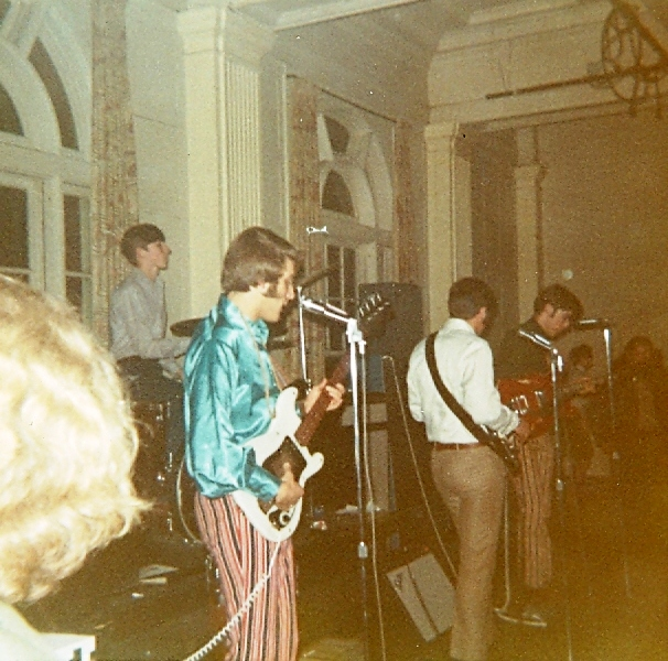 25 - Nobody's Children - Mike, Lloyd, Randy & Fritz - Live .jpg