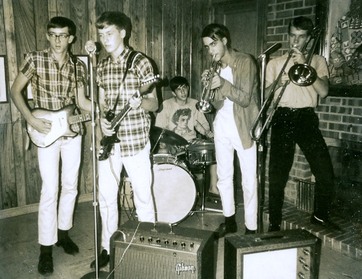 50 - The Lost Chords - Ray, Tom, Marc, Lloyd & Ernie - At Practice .jpg