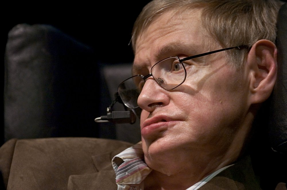 Cosmologist Stephen Hawking delivers the annual J. Robert Oppenheimer Lecture in Physics at Zellerbach Hall at UC Berkeley on Tuesday March 13, 2007.