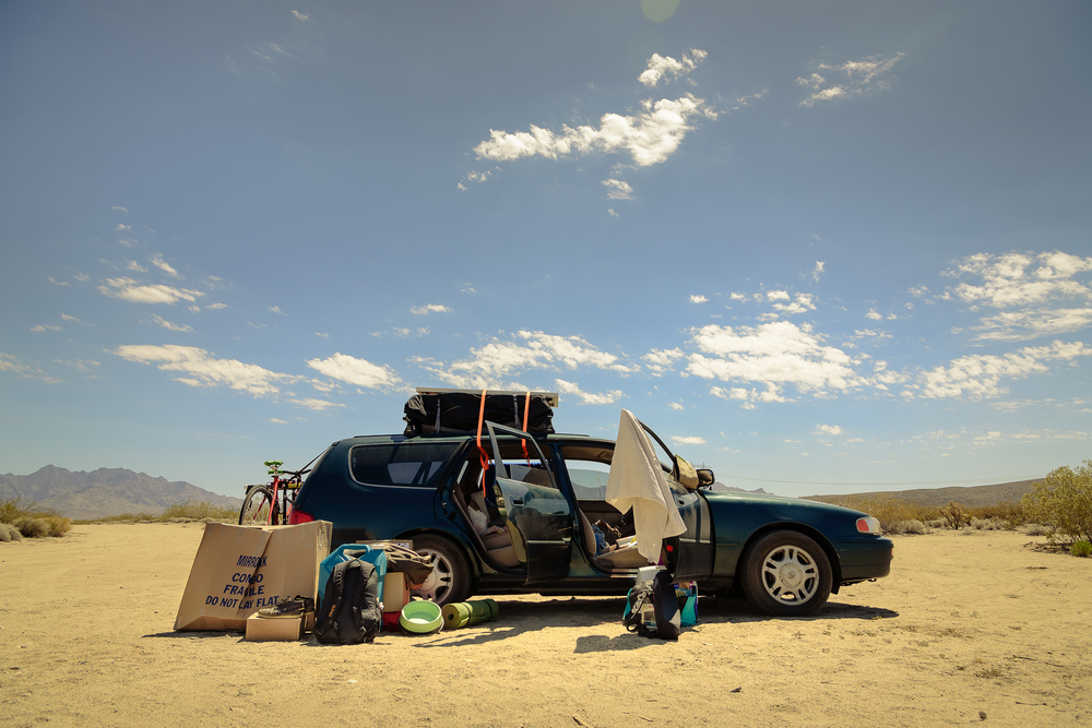 Expert re-packing before exiting the desert.  Kelso Dunes, CA.