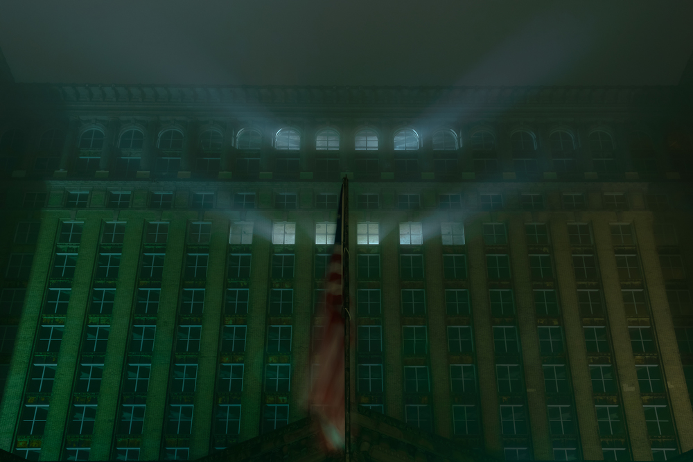 detroit_mighican_central_station_fog_lights