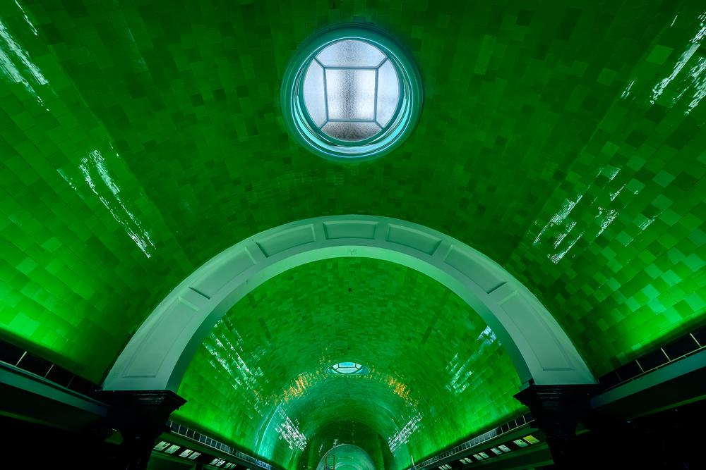 detroit_belle_isle_aquarium_interior.jpg