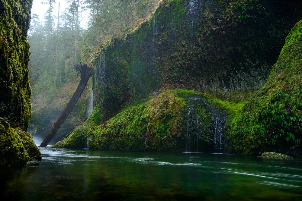 portland_punchbowl_falls-2