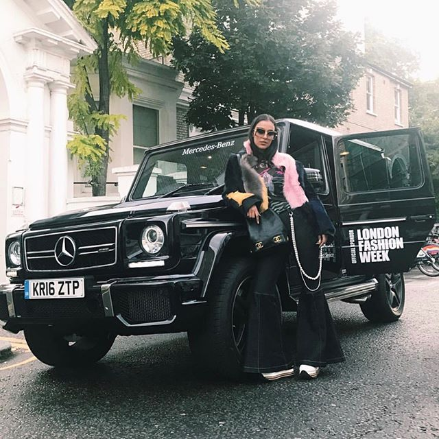 That's a wrap of another successful @londonfashionweek #LFW with @mercedesbenzuk ✌️Swipe right for a round up of our fave snaps from the week 👉