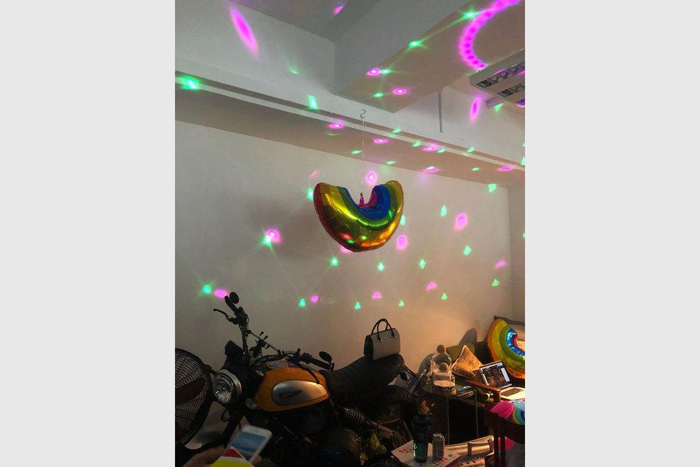 party_002.jpg