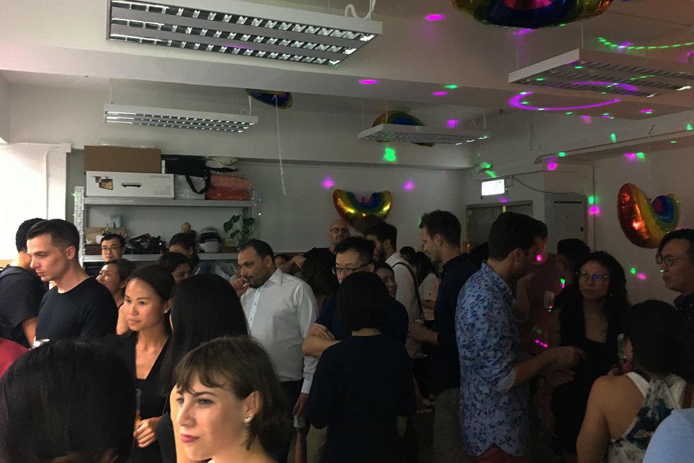 party_005.jpg