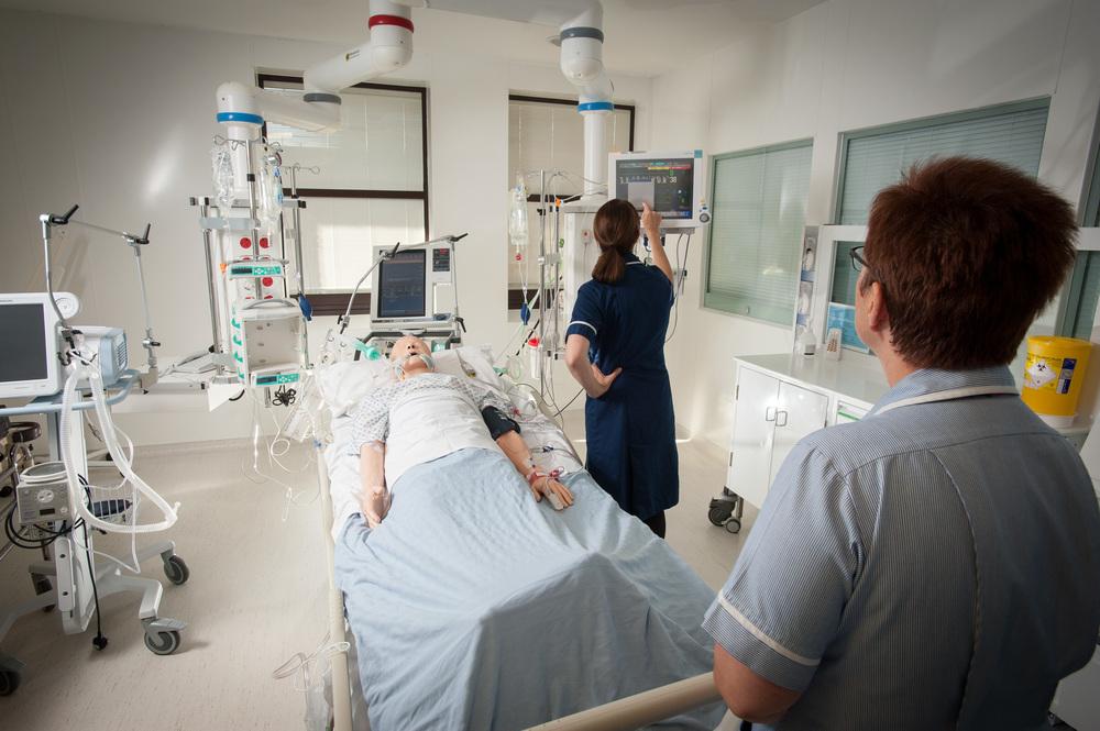 criticalcare-0307.jpg