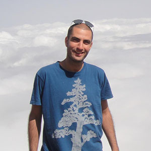 Mohammad Motamedi Creative director / Copywriter