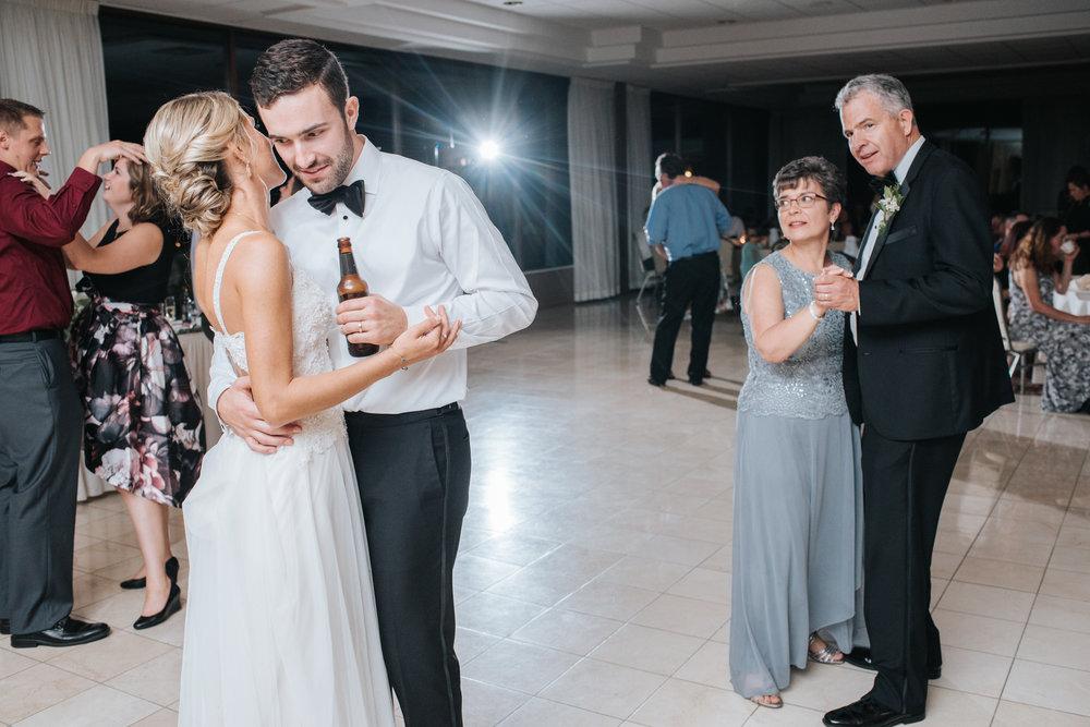 Avon Oaks Wedding78.JPG