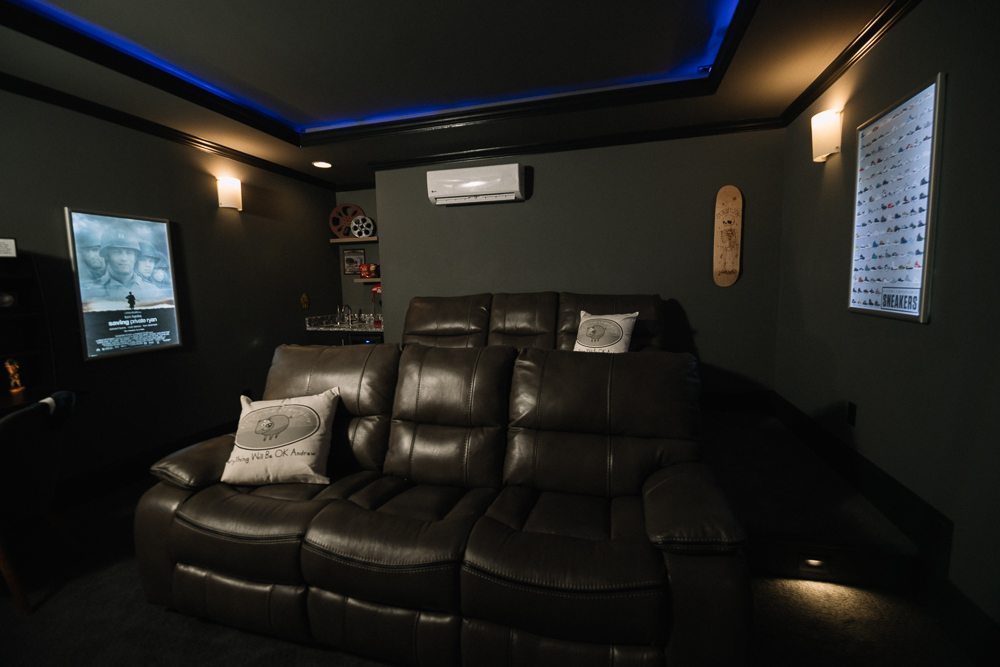 Sunshine_On_A_Ranney_Day_Andrew_Theatre_Room_Reveal_1000_pixel_web-6.jpg