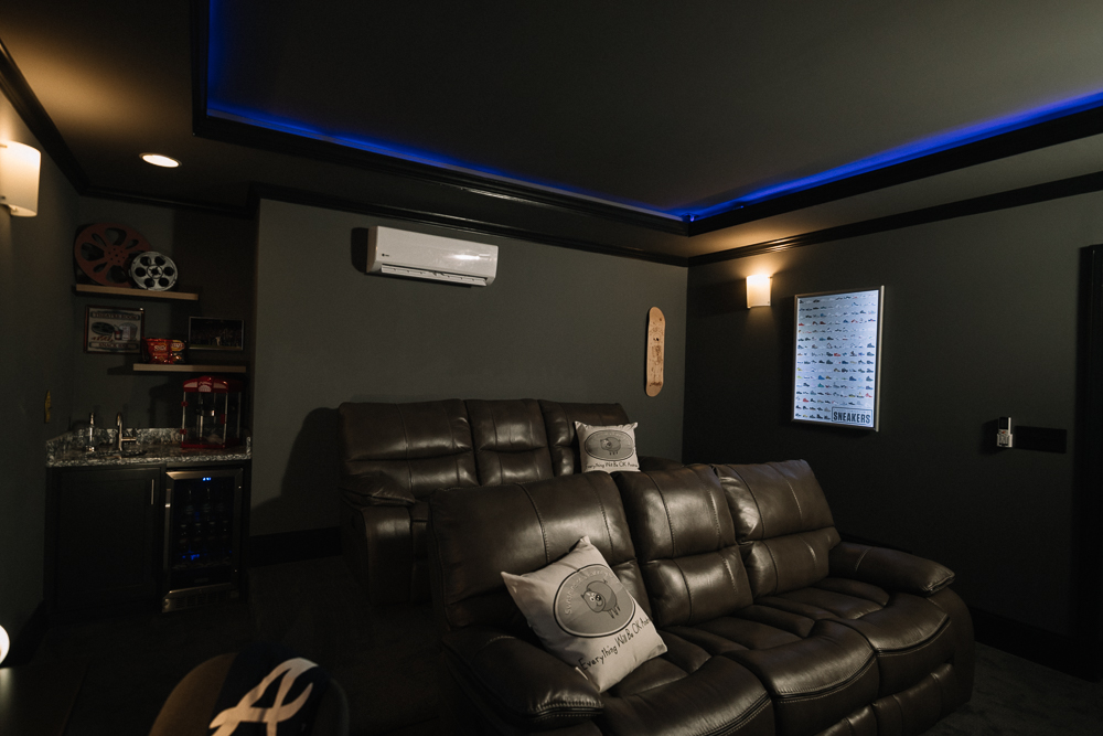 Sunshine_On_A_Ranney_Day_Andrew_Theatre_Room_Reveal_1000_pixel_web-9.jpg