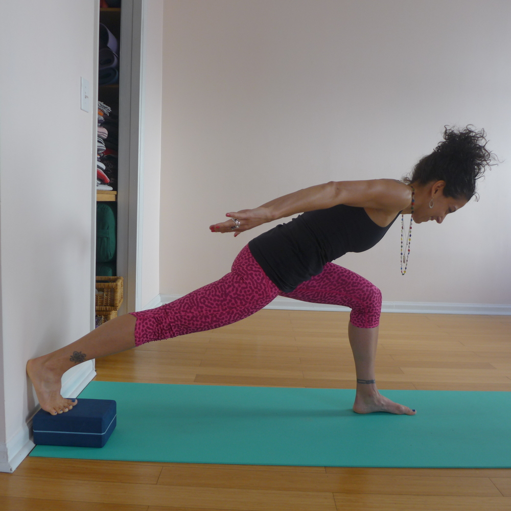 3. LOAD THE HIP (FOOT ON A BLOCK AT THE WALL OR ON THE MAT)