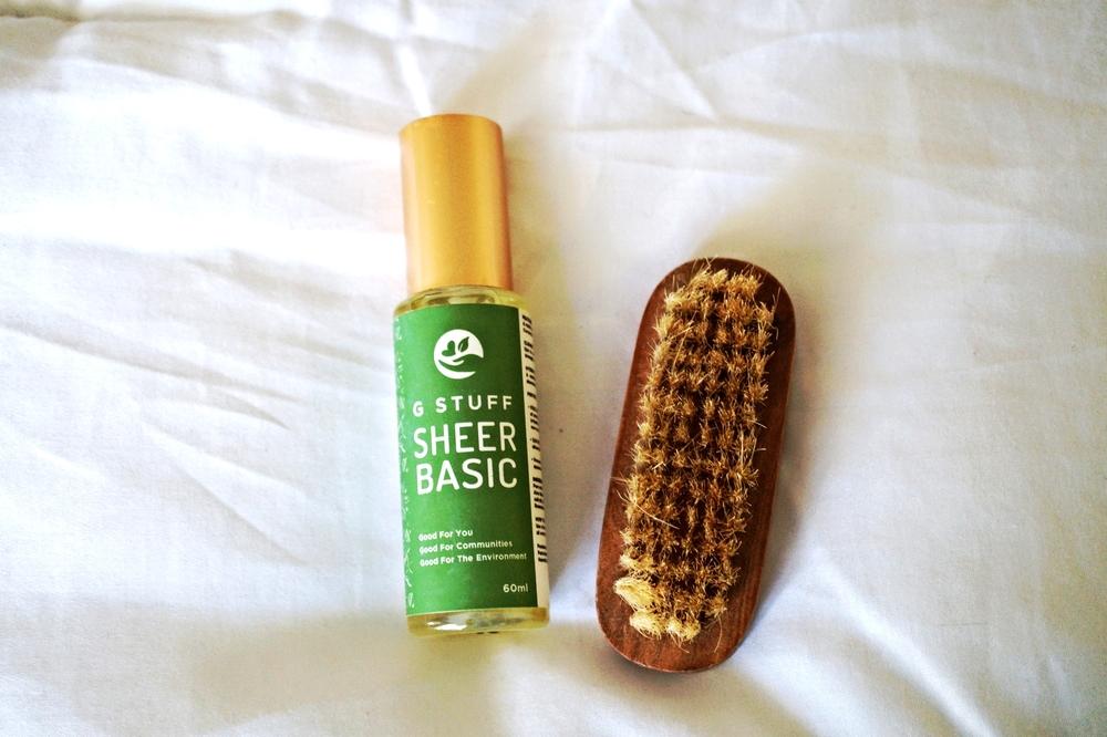 G Stuff Sheer Basic and Burt's Bees Natural Brush