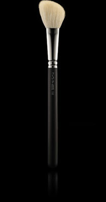Mac Large Contour Brush