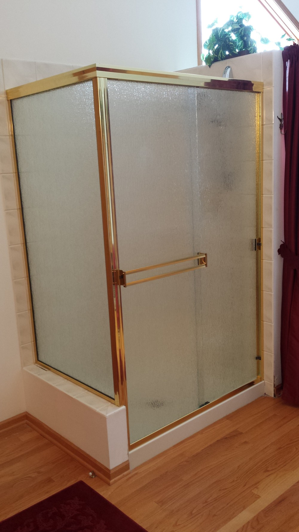 2 semi frameless slider with return rain glass workright
