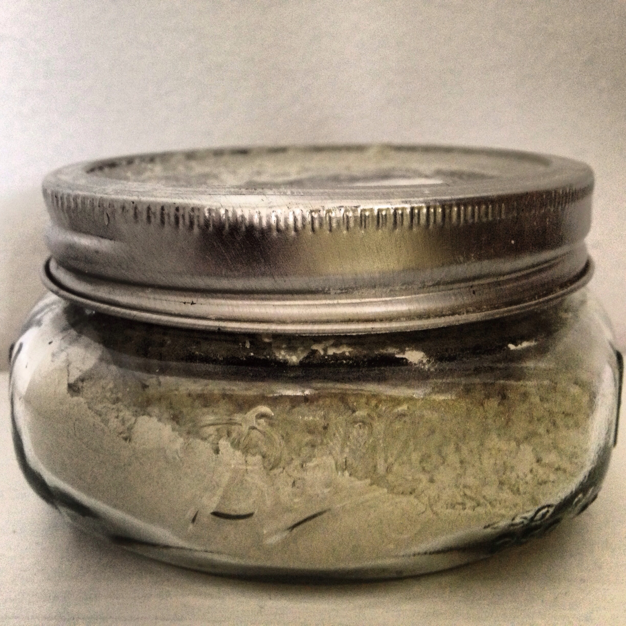DIY Lavender Scented Talc-Free Powder