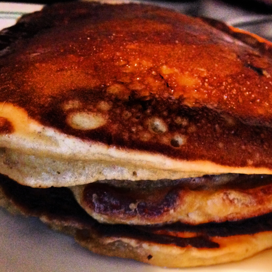 chocolate chip pancakes with spiced apple