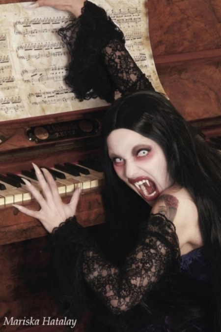 We love this classic, and so very creepy vampire!   Makeup and photo created by Mariska Hatalay from the UK.