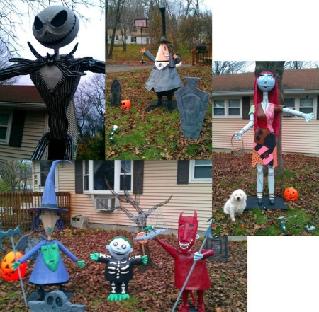 the home above deserves no less than a personal doorstep visit from tim burton himself the props were all handmade by sue robers one of our friends at i - Tim Burton Halloween Decorations