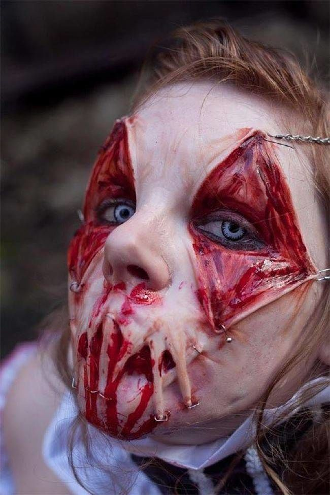 These 12 Sickeningly Gory Halloween Costumes Are Way Too Twisted ...