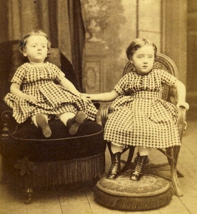 14 Real Post-Mortem Photography Photos. This is creepy ...