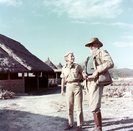 Ernest_and_Mary_Hemingway_on_safari,_1953-54.jpg