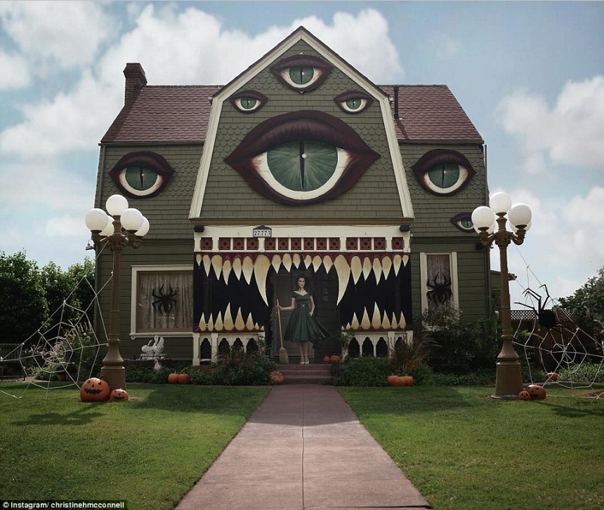 Photo: Christine McConnell; The Monster House In The Daylight .