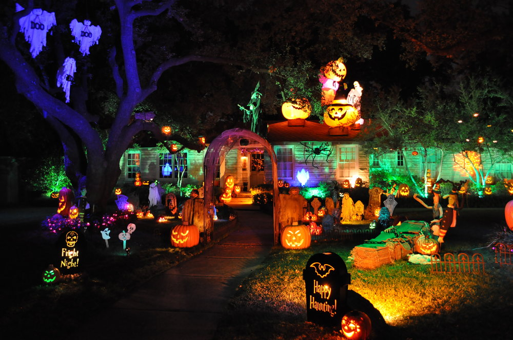 10 all lit up - Halloween Home Decor