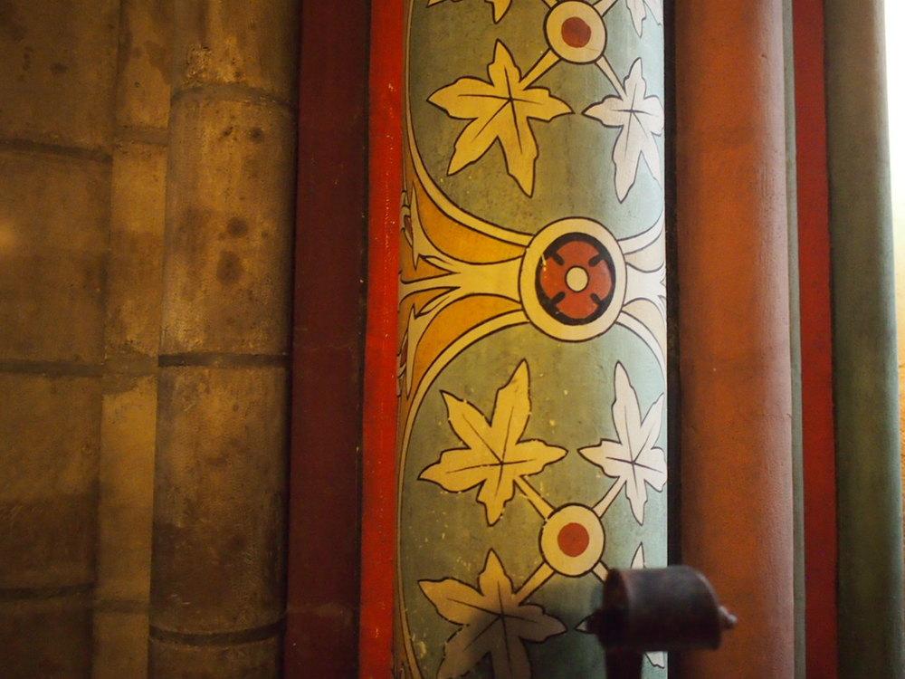 a column, Notre Dame