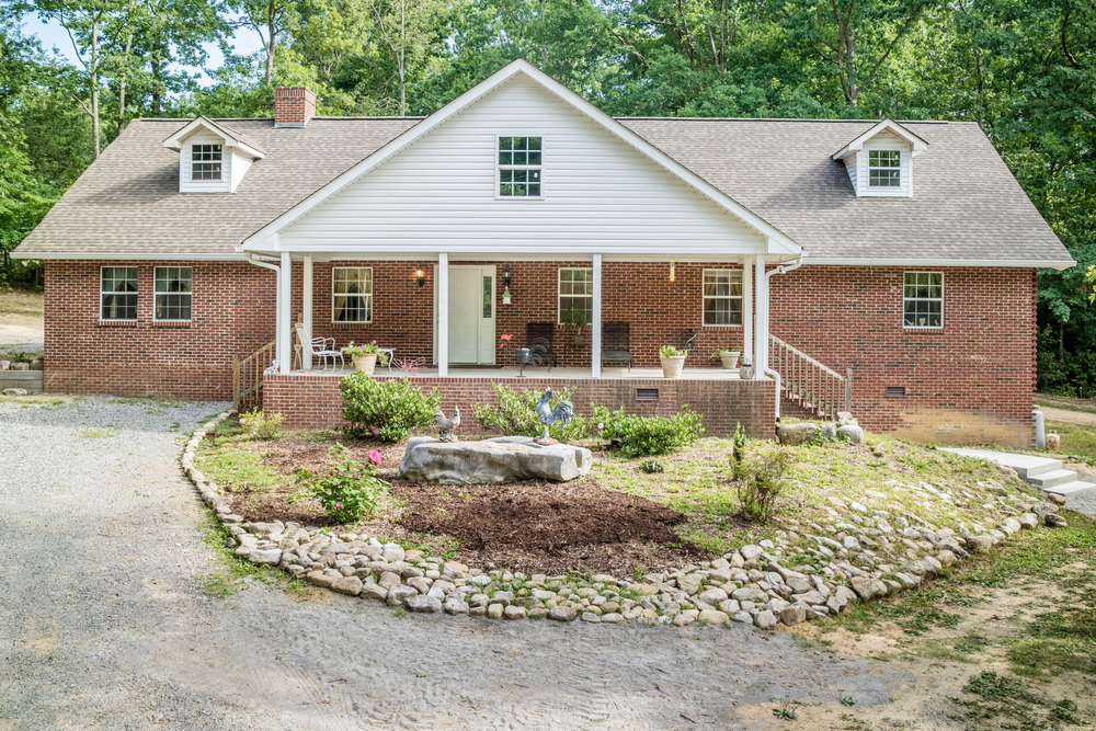 295 Griffin Rd