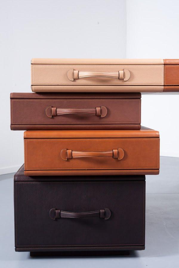 MaartenDeCeulaer-Desk_of_briefcases-Pic.Nico5_.jpg