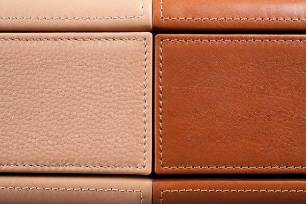 MaartenDeCeulaer-Desk_of_briefcases-Pic.Nico6_.jpg