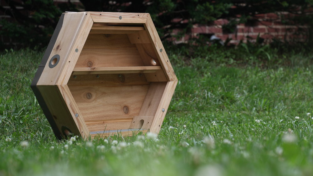 A SIMPLIFIED, HIVE TOP FEEDER: We Designed A Hive Top Feeder That Uses  Standard Mason Jars. During The Beginning Of The Spring Beekeeping Season,  ...