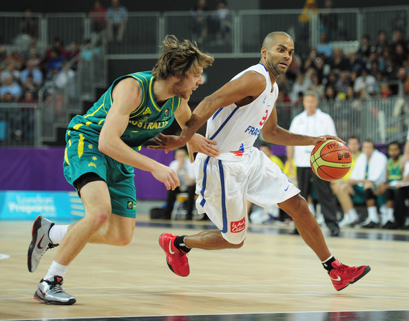 Guarding Tony Parker in international play (photo: Shaun Botterill/Getty Images Europe)